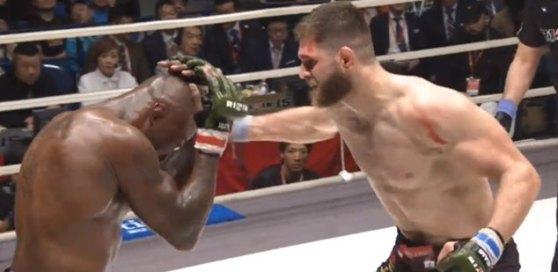 Јиржи Прохаска со нокаут над Кинг Мо стана шампион на Ризин (ВИДЕО)